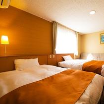 【スーペリアツイン】ダブルベッドが2台入ったゆったりサイズのお部屋です♪