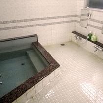 *男性用大浴場
