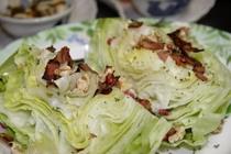 レタスの丸ごとサラダ