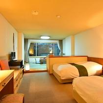 和洋室32m2 セミダブル+シングル シモンズベッドのお部屋です!