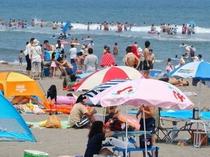 中里海水浴場 夏の風景
