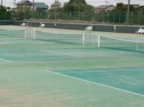 当館私有のテニスコート