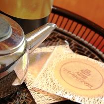 ☆オリジナルのお茶菓子でおもてなし