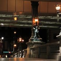 「名橋・日本橋(夜のライトアップ)」
