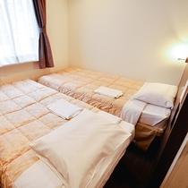 客室の一例【シングルルーム+エキストラベッド】