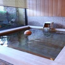 ■総檜造り貸切風呂「檜香の湯」