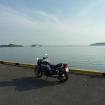 牛窓港とバイク
