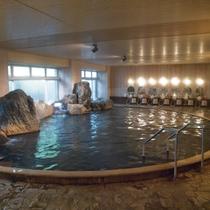 本館 岩風呂温泉