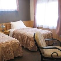 201号室(スイート)和室・洋室2室あり