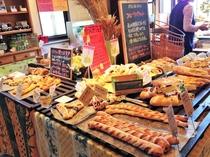 散歩道のパンは那須で人気のベルフルール。