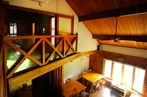 2階から眺めた室内