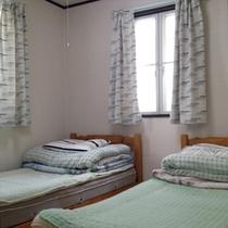 コテージ ツインベッドルーム