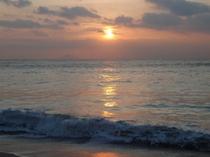 田牛 前の浜の日の出