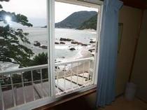 各客室より今井浜海岸が望めます。
