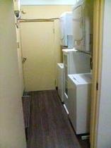 コインランドリー(6階)