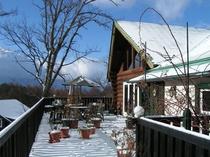 雪のテラス