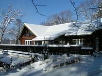 冬のトゥンブクトゥの全景