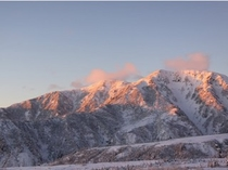 夕日に染まる大日岳