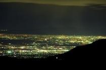 富山平野の夜景