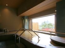 【季の湯:金泉】有馬温泉は療養泉として指定された9つの主成分のうち7つを含む効能豊かな温泉です