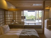 【露天風呂付:和モダン洋室260号室】大人のプライベート感漂うプライベートスパ付のお部屋