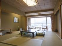 【スタンダード:和室】温泉情緒を存分に味わえる和室10帖のお部屋でごゆっくりとお過ごしください