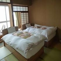 ベッド付き和室 8畳