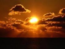 千鳥ヶ浜の朝日 ②