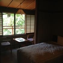 【平成館】和洋室(和室8畳・和室4.5畳・ツインベッドルーム)