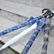 【15の無料特典】雨の日には《傘》を無料で貸し出し。