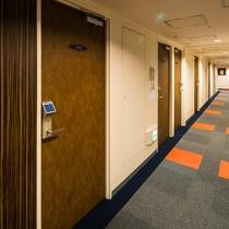 4階〜10階が客室フロアです。