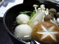 こしひかり団子鍋