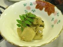 ネマガリダケの山椒みそ炒め。