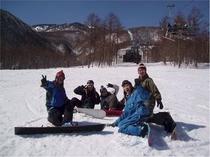 みんなでわいわいスノーボード♪