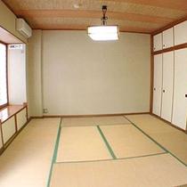 *客室一例/畳かおる、居心地がよい空間で、日常の喧騒を忘れてください。