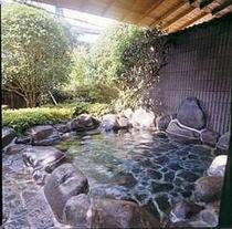 こちら男性用の露天風呂