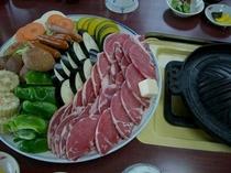 ジンギスカンナベの、夕食です。