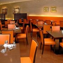 1階カフェレストランスワン