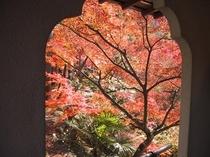 永観堂-円窓