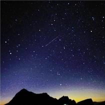 流れ星のイメージ写真