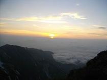 白馬岳より日の出