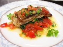 魚料理 トマトソース