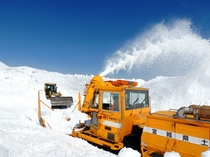 蔵王エコーライン 雪の回廊2