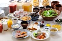 朝食は和食か洋食をお選びいただけます。お時間6:30~9:30