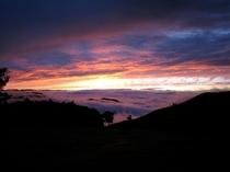サンセットテラスより雲海と夕焼け