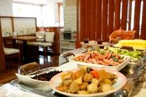 【朝食】人気の朝食バイキング (写真はイメージです)