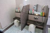 男性用大浴場 洗い場