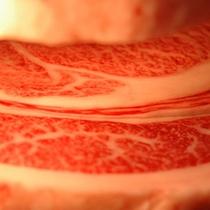 【一頭買い】肉質の隅々まで入念に品質確認。安全な素材のみをお客様へご提供します。