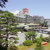 【外観】山形県上山地区は開湯555年以上の歴史ある温泉郷。当館は昭和26年創業です。