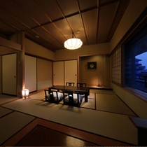 【和室8+4.5畳】8畳に4.5畳の次の間付のお部屋。葉山側と蔵王側の2タイプ有(※蔵王側指定は別料金)